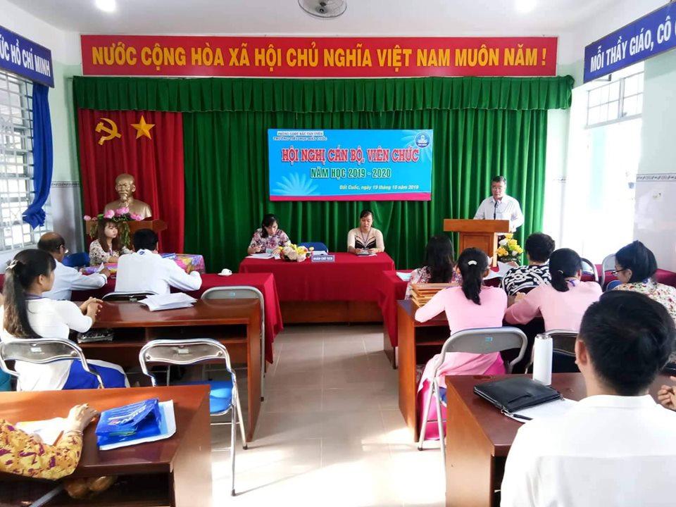 Hội nghị cán bộ viên chức năm học 2019-2020